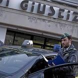 "Foggia, scandalo in tribunale Il gip  si vendeva agli avvocati  ""Soldi per sentenze pilotate"""