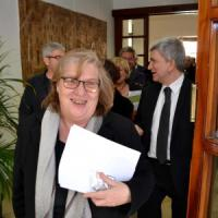Puglia, campagna elettorale al veleno: carro funebre a casa dell'eurodeputata