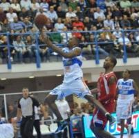 Basket, Brindisi doma Reggio