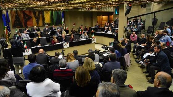 Puglia, ecco il nuovo consiglio regionale: fuori Poli e Schittulli, nessuna donna per il centrosinistra