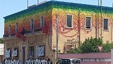 Street art, il murales  di Blu colora Lecce
