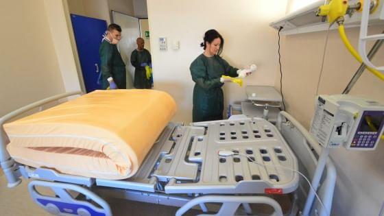 Scabbia, a Bari è ancora emergenza all'ospedale Di Venere: altri 15 casi sospetti, chiusa Cardiologia