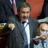 Crac della Divina Provvidenza L'aula del Senato salva  Antonio Azzollini (Ncd)  dagli arresti domiciliari