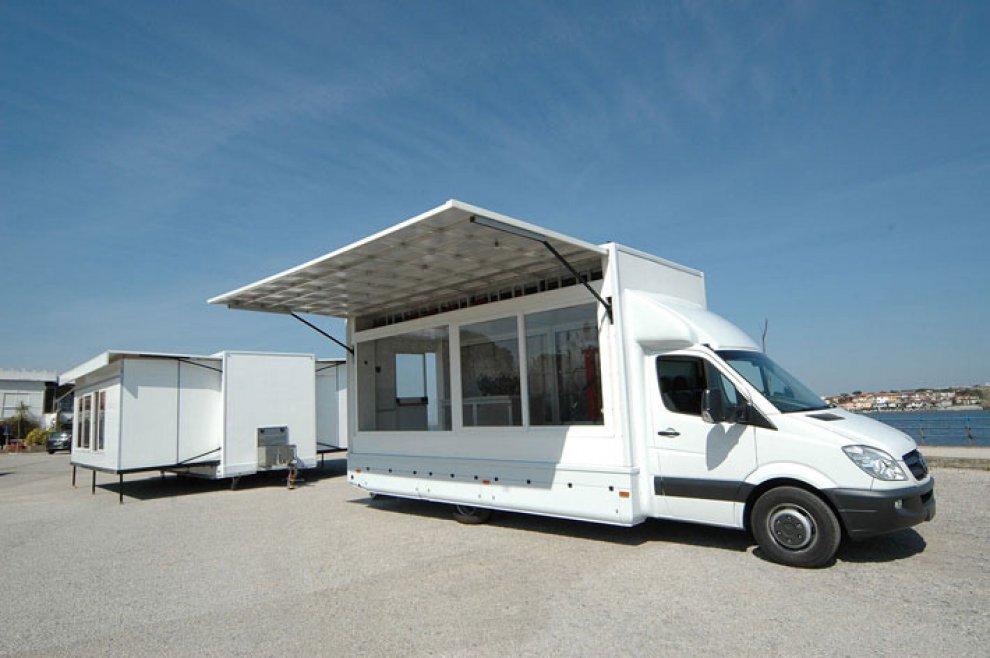 Bari, il furgone che viaggia autoproducendo idrogeno