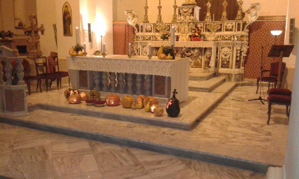 Halloween Chiesa.Foggia Zucche In Chiesa Nel Giorno Di Halloween 1 Di 1 Bari