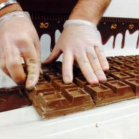 Noci, Bacco fa festa con 25 metri di cioccolato