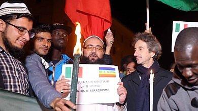 Lecce, cristiani e musulmani in piazza insieme contro il Terrorismo