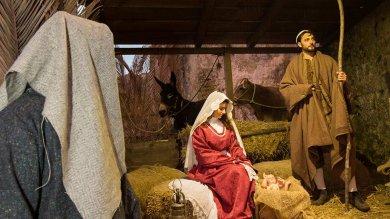 Natale a Matera, il presepe fra i Sassi è un omaggio a 'Ben Hur ' e a Pasolini