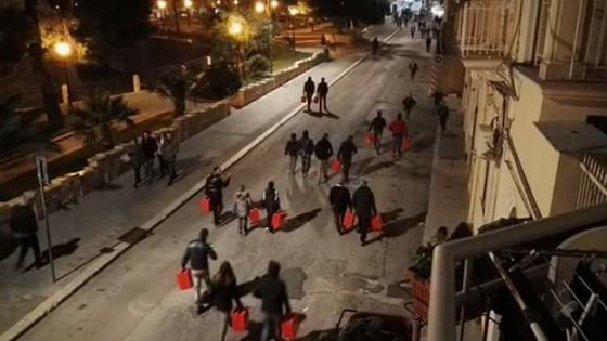 """Manfredonia, l'azienda del gas regala panettoni ai tifosi. Il sindaco: """"Non accettateli da chi inquina"""""""