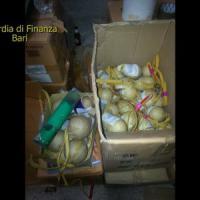 Botti, maxi sequestro a Santeramo: petardi ad alto potenziale nascosti in un deposito agricolo