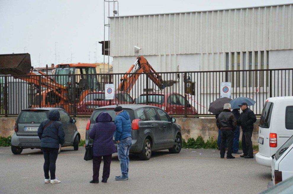 Bari, ladri sfondano cassaforte: l'ufficio postale era pieno