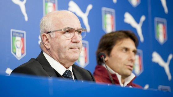 Calcioscommesse, Guberti non denunciò combine del Bari di Conte. Ma Tavecchio gli concede la grazia