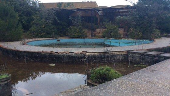 Otranto, lo spreco di Stato nel villaggio delle vacanze: Italia Turismo lo ha abbandonato