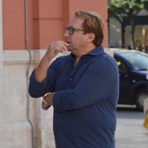 Bari, tangenti al Petruzzelli: una telecamera nascosta ha ripreso le mazzette al dirigente
