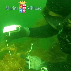 Taranto, in fondo al Mar Piccolo c'è un'enorme discarica: ecco la mappa della vergogna