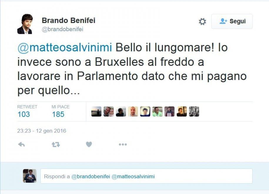 Salvini al mare il collega lo bacchetta da bruxelles 1 for Lavorare in parlamento
