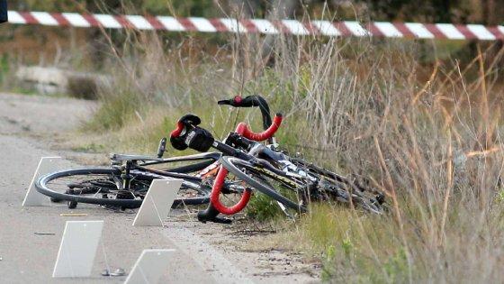 Lecce, preso l'automobilista che ha travolto e ucciso un ciclista dopo una lite: era drogato