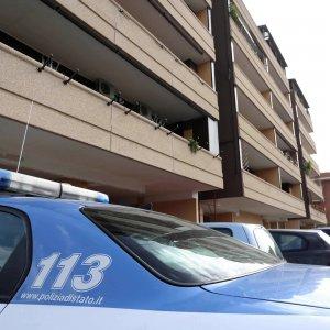 Foggia, i killer bussano alla porta di casa: ucciso un pregiudicato di 47 anni