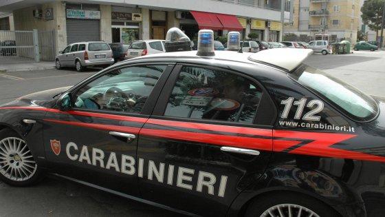 Bullismo a Lecce, fanno stendere sui binari un 12enne e gli sparano con un fucile ad aria compressa