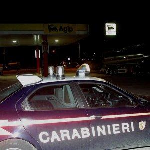 Taranto, tragedia sulla strada dopo la discoteca: due giovani morti sul colpo, un altro è grave