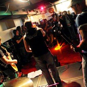 Musica nei locali, accordo con la Siae in Puglia: sconti per gli artisti under 31 il mercoledì