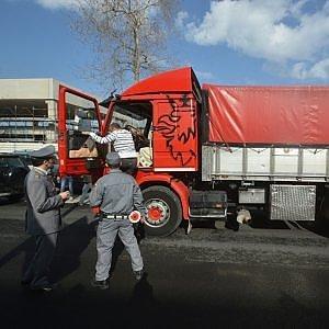 Bari, blitz della Forestale al porto: tracce di micotossine su grano sbarcato dall'estero