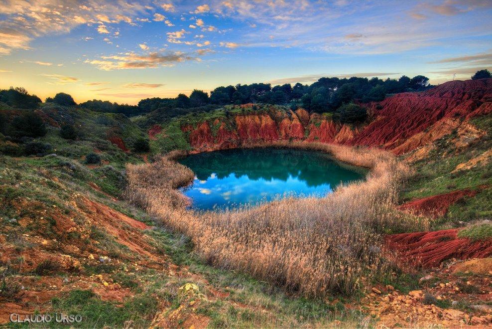 Otranto, lo show multicolori dell'ex cava di bauxite