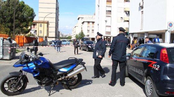 Taranto, fermati due fratelli per l'omicidio in strada: avrebbero sparato per vecchi rancori