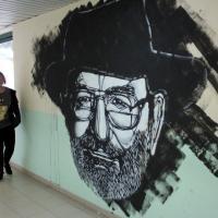 Andria, l'omaggio dello street artist a Umberto Eco