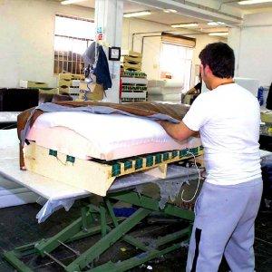 Puglia, Natuzzi offre 12mila euro alle imprese che assumono i suoi operai in cassintegrazione