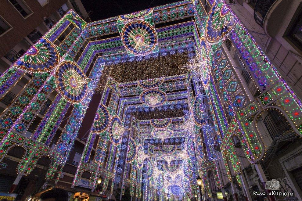 Luminarie, Valencia stregata dai maestri salentini