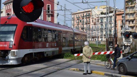 Ferrovie Sud Est, ecco gli uomini che gestivano la cassa: 50 milioni di euro all'ingegnere di Gallipoli