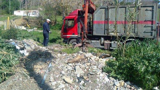 """Rifiuti, Puglia nel mirino di Cantone: """"Servizi affidati senza rispettare le norme sugli appalti"""""""