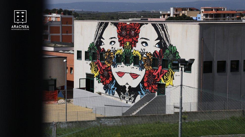 Palagiano, la scuola si rifà il look con la street art