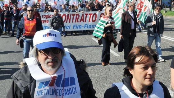 Puglia, in sette anni raddoppiato il numero di donne che si dimettono dopo la maternità