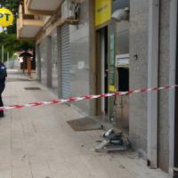 Foggia, in azione la banda dei bancomat: tre colpi nel weekend
