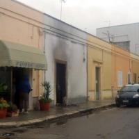 Cellino San Marco, incendio doloso a casa di Al Bano: danneggiato il portone