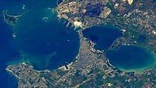 Taranto, la foto è spaziale ecco la città vista dall'Iss