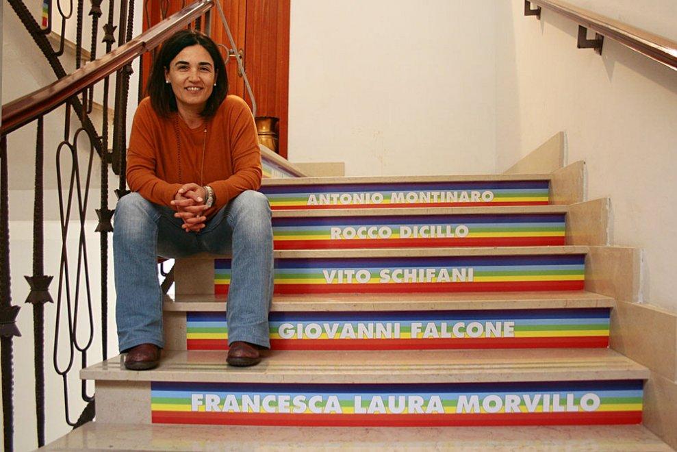 Salento, su scale del Comune i nomi dei morti per mafia