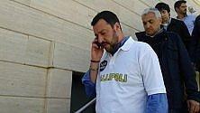 Matteo Salvini a Gallipoli   polo 'terrona' e ostriche