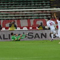 Calcio, il Bari sconfitto 2 a 1 dal Trapani. I playoff cominceranno in salita: