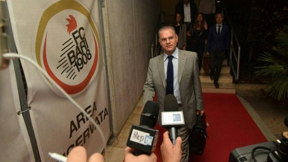 Bari calcio, Giancaspro nuovo amministratore. Ma è scontro sull'addio a Paparesta