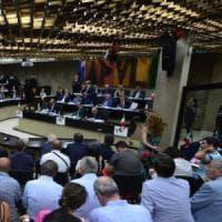 Regione Puglia, il bando d'oro per lo streaming del Consiglio: costerà