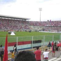Taranto calcio, i tifosi si tassano per regalare i biglietti a famiglie