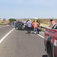 Taranto, 6 morti in scontro frontale: cinque ragazzi e un operaio Ilva