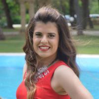 Brindisi, auto contro un ulivo: muore una 25enne sulla provinciale Mesagne-Latiano