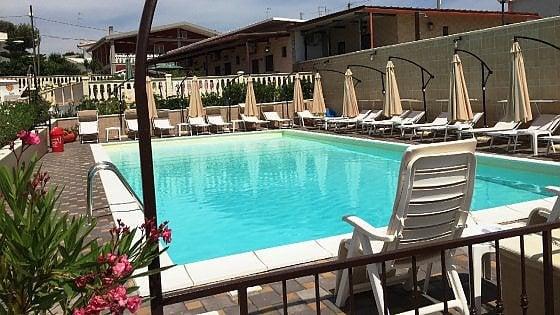 Taranto nullatenente affittava villette con piscina for Piscina wspace bari