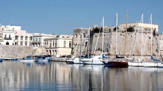 """Gallipoli, finanzieri si fingono turisti e scoprono otto b&b abusivi: """"Adesso il Comune li chiuda"""""""