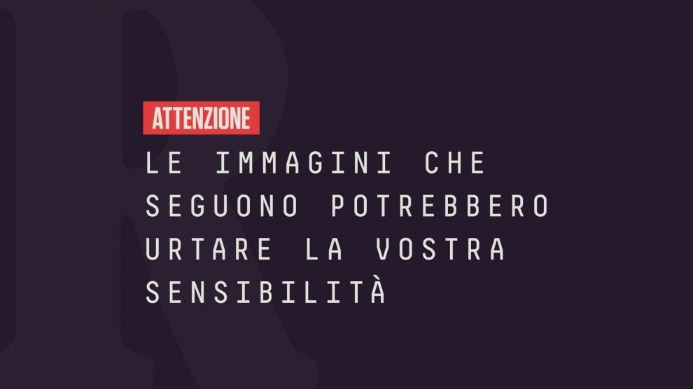 Femminicidio a Taranto, i genitori in corteo con la foto della figlia uccisa