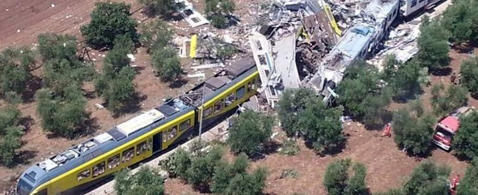 Puglia, scontro fra treni tra Andria e Corato: 14 morti e oltre 30 feriti fra macchinisti e pendolari
